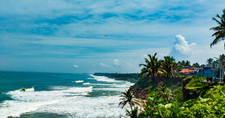 2 Days in Varkala – The Cliff Beach of South India